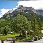 Views surrounding Hotel Rosenlaui